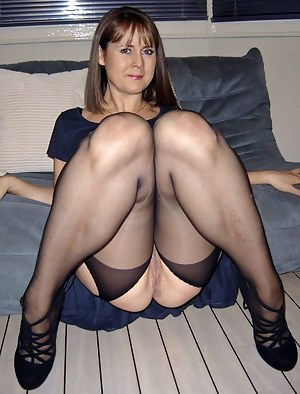 funny pictures of nude women